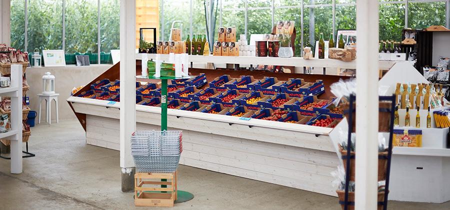 Välkommen till vår gårdsbutik och saluhall för att hitta din egen favorit i vårt stora utbud.